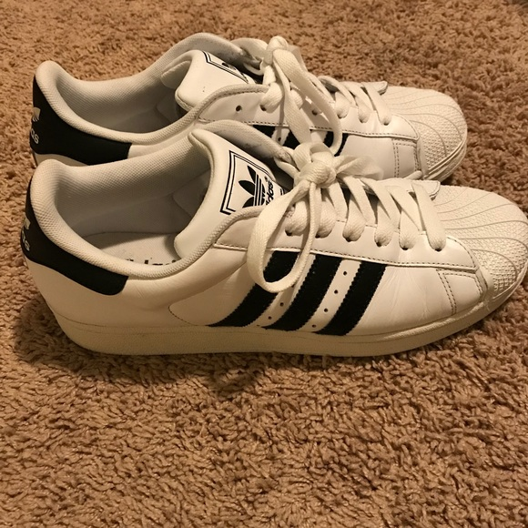 Used men's adidas superstar originals size 9.5